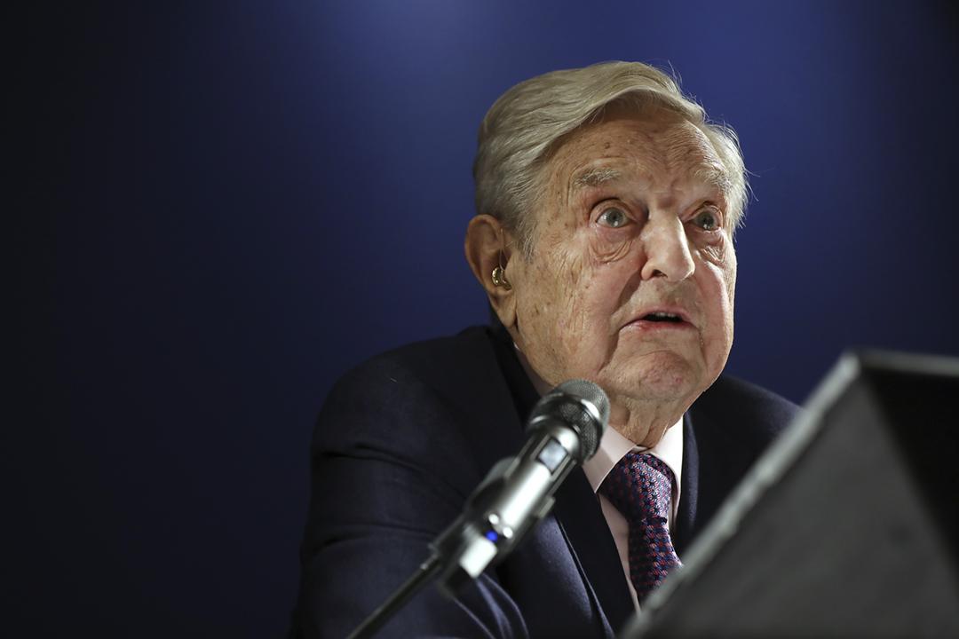 2019年1月24日,美國著名投資者索羅斯(George Soros)在達沃斯論壇晚餐會上發表講話,批評中國國家主席習近平是開放社會、自由世界的「最危險的敵人」。 攝:Simon Dawson / Bloomberg via Getty Images