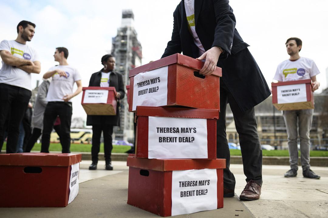 2019年1月14日,團體在國會外呼籲英國舉行英國脫歐第二次公投。
