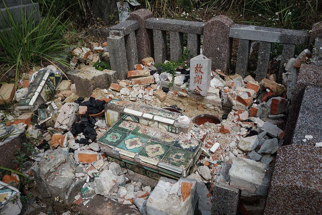 2017年2月12日,高雄覆鼎金公墓。