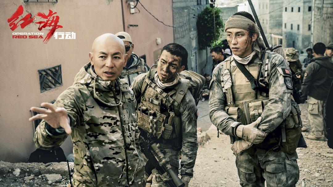 2018年中國賀歲檔,林超賢執導的主旋律動作片《紅海行動》以超過35億人民幣票房取得全年票房冠軍。