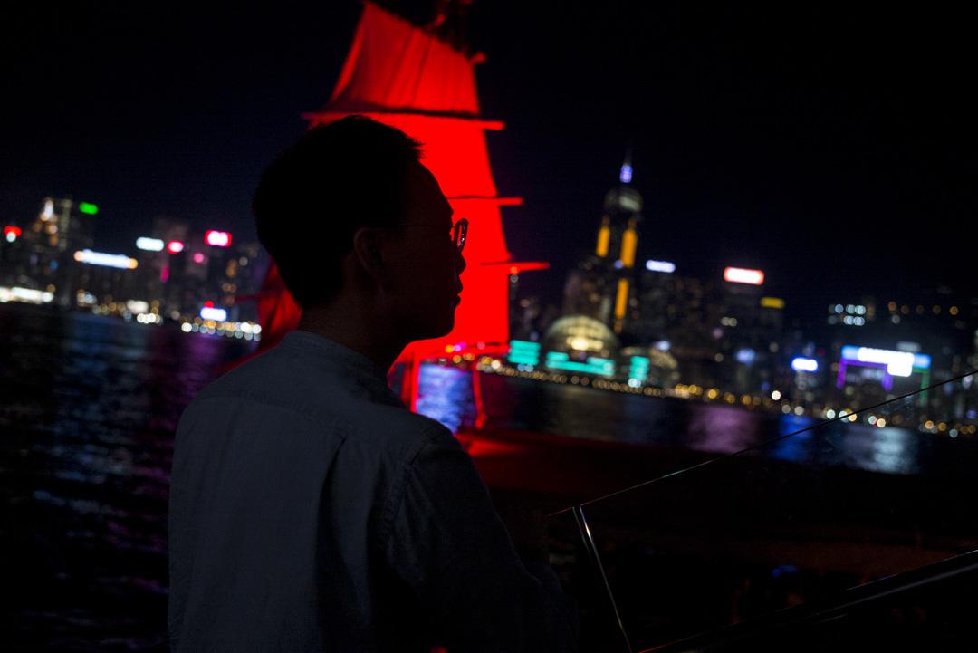 朗暉曾參與傘運,4年前曾因在雨傘期間被捕而禁足大陸。