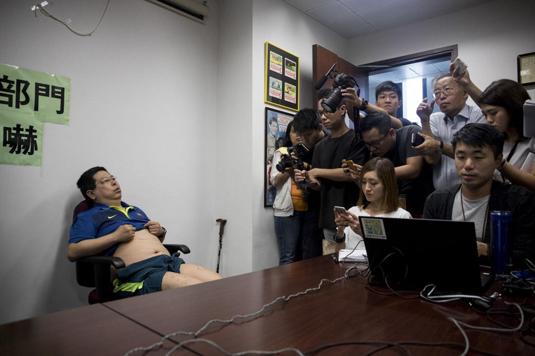 2017年8月11日,林子健由民主黨員陪同下召開記者會,稱被懷疑大陸執法人員擄走、禁錮,期間曾被毆打、恐嚇。