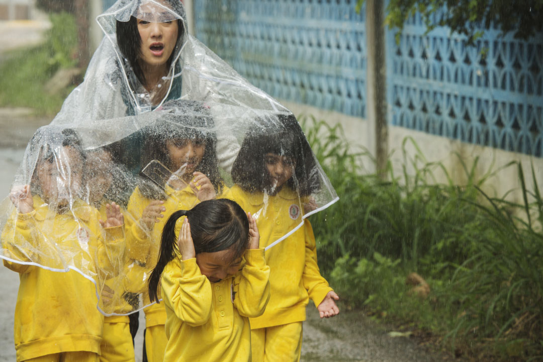 《五個小孩的校長》電影劇照。