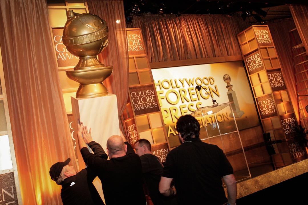 原本可能還寄望靠即興演出挺過當年頒獎典禮的金球獎,終於被這臨門一腳給踹醒。沒有明星出席的頒獎典禮的情況下,金球獎也只能含淚宣布頒獎典禮緊急取消。