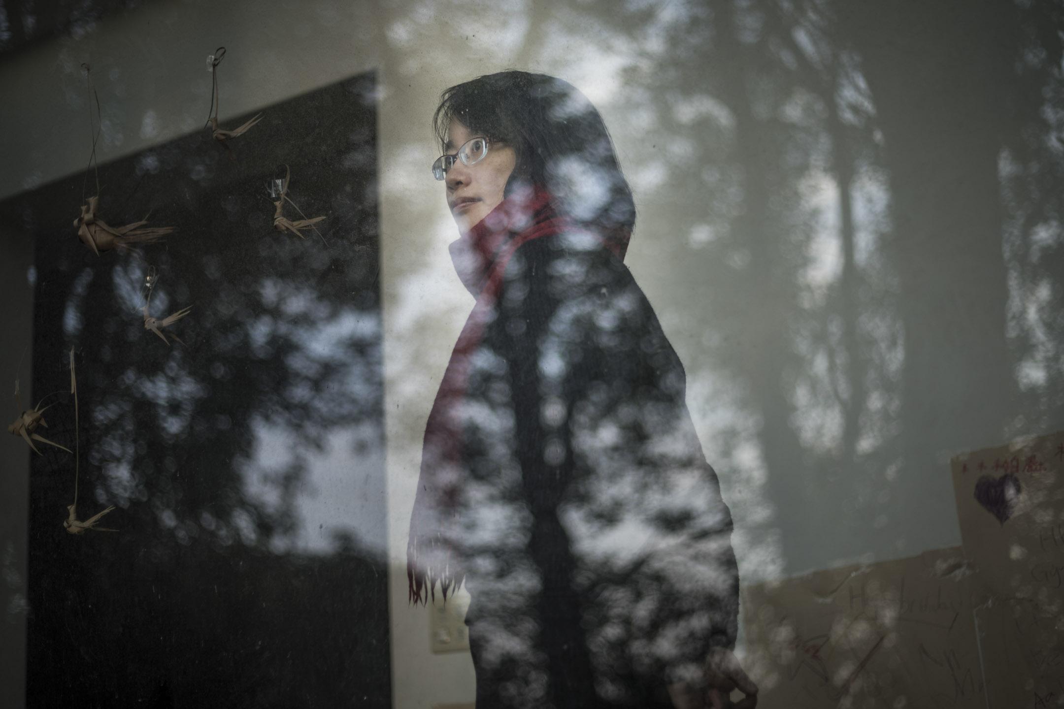 前北農總經理吳音寧於去年台灣地方選舉後遭到撤換,留下「我不能向謊言低頭」的臨別感言,返鄉至今。 攝:陳焯煇/端傳媒