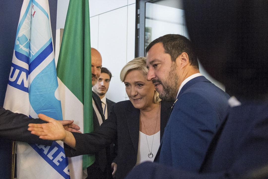 2018年年10月,法國國民聯盟主席瑪麗·勒龐為進軍歐洲議會選舉首訪羅馬,與意聯盟黨總書記薩爾維尼舉行會面。