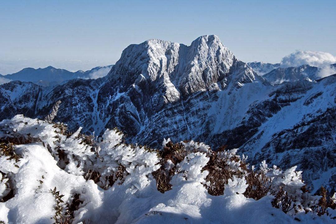 玉山東峰。