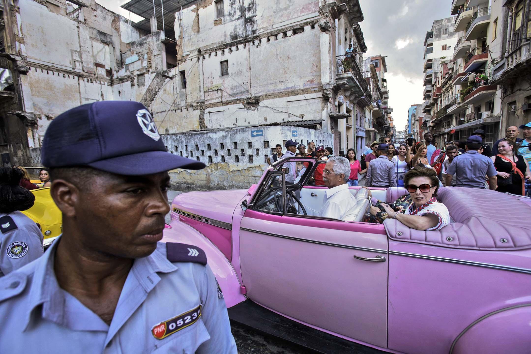 走入古巴夏灣拿,就恍如走進了時光隧道,好像時光一下子倒流了半個世紀。 攝:Sven Creutzmann/Mambo photo via Getty Images