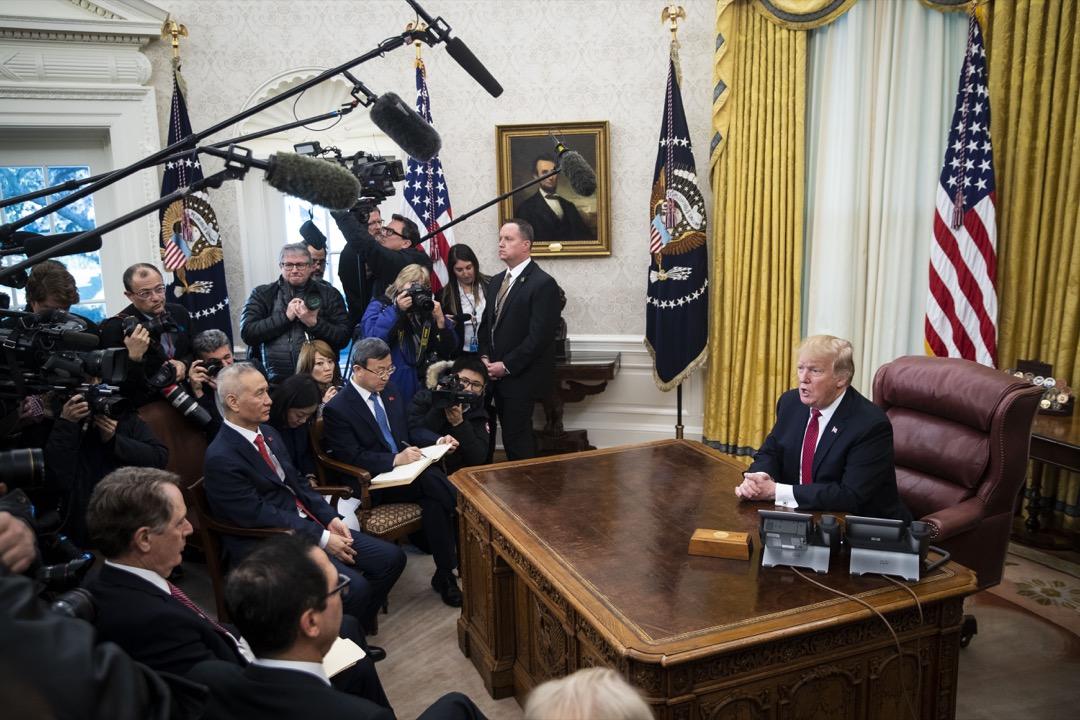 2019年1月31日,美國總統特朗普與中國副總理劉鶴在白宮橢圓形辦公室會晤。