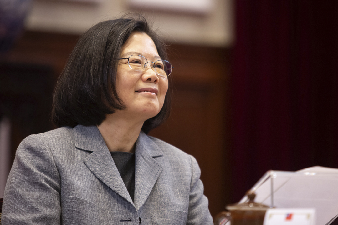 台灣總統蔡英文接受 CNN 專訪,正式表態將在2020年競逐連任。圖為2019年1月5日,蔡英文在總統府出席記者會。 攝:Ashley Pon / Bloomberg via Getty Images