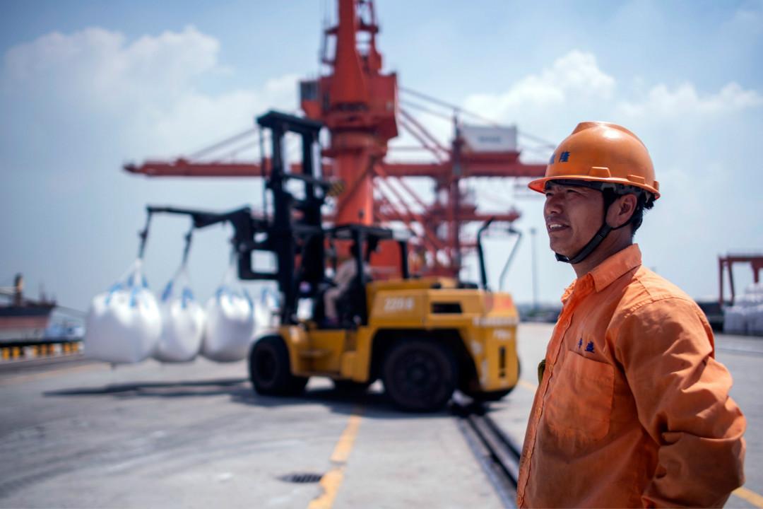 2018年8月7日,中國江蘇張家港港口。 攝:Johannes Eisele/Getty Images