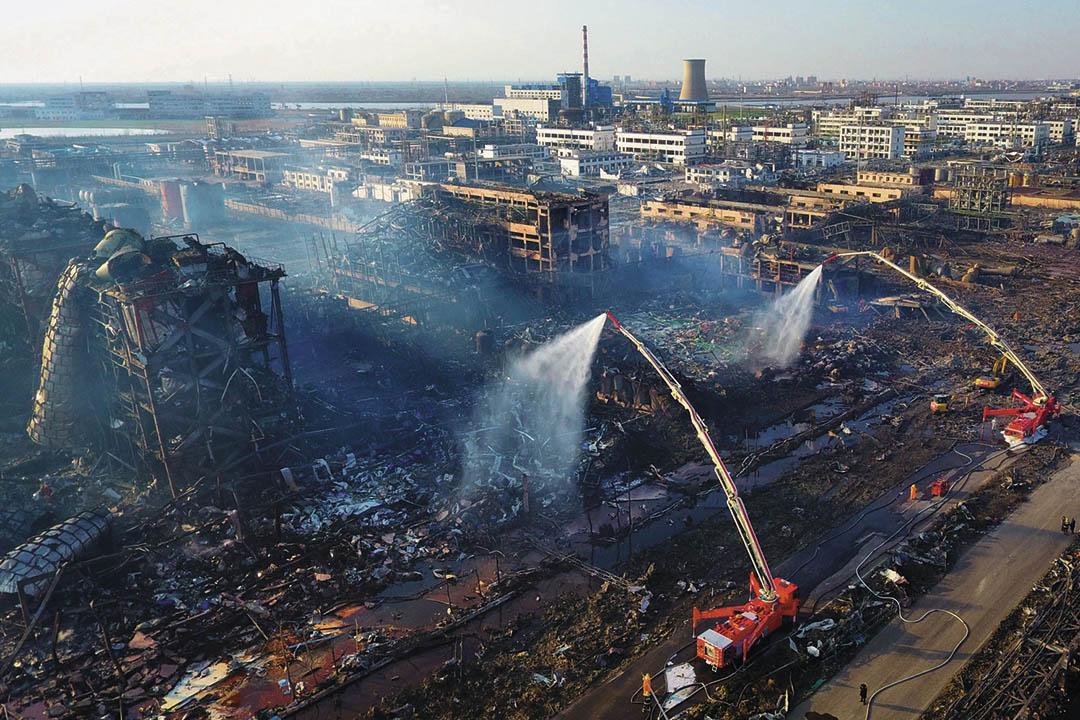 2019年3月23日,江蘇鹽城響水縣,發生爆炸以後的化工廠鳥瞰圖。