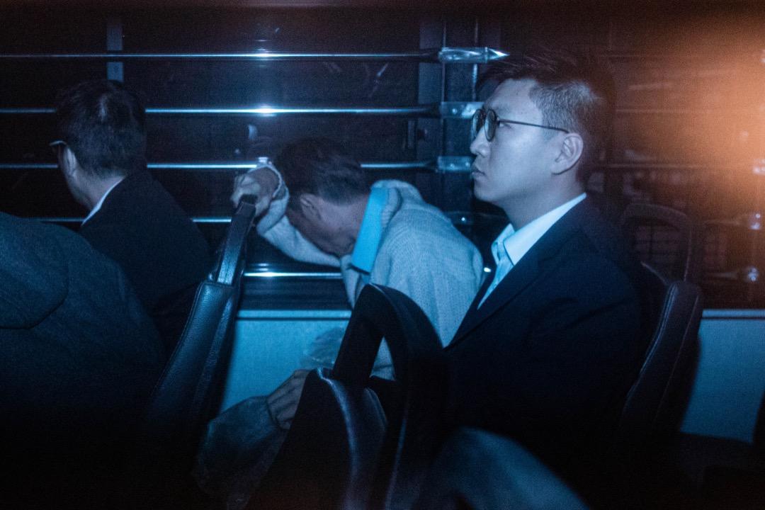 圖為2019年2月22日,梁天琦由囚車押送法院應訊。 攝:Stanley Leung/端傳媒