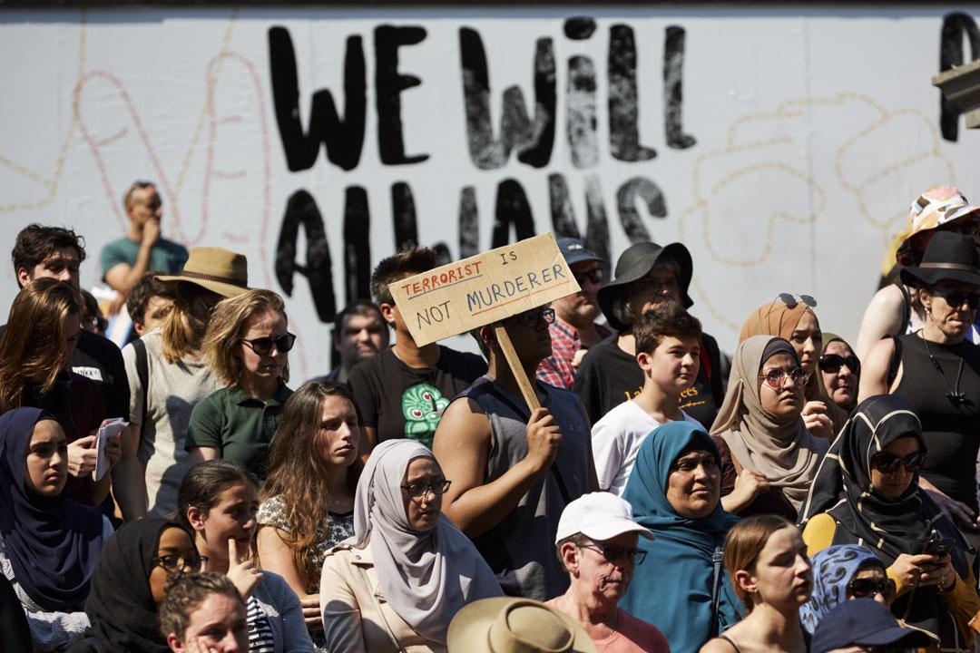 2019年3月16日,澳洲墨爾本民眾參加反種族主義、反法西斯主義集會,譴責新西蘭清真寺槍擊暴力事件。