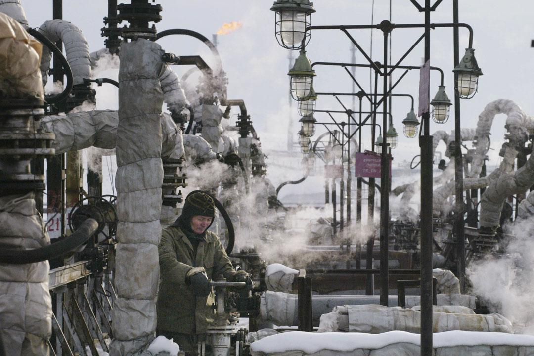2000年代開始,哈薩克斯坦經濟隨着油價上升好轉,貧富差距也隨之緩解。阿斯塔納也在21世紀之後迎來了大規模建設。