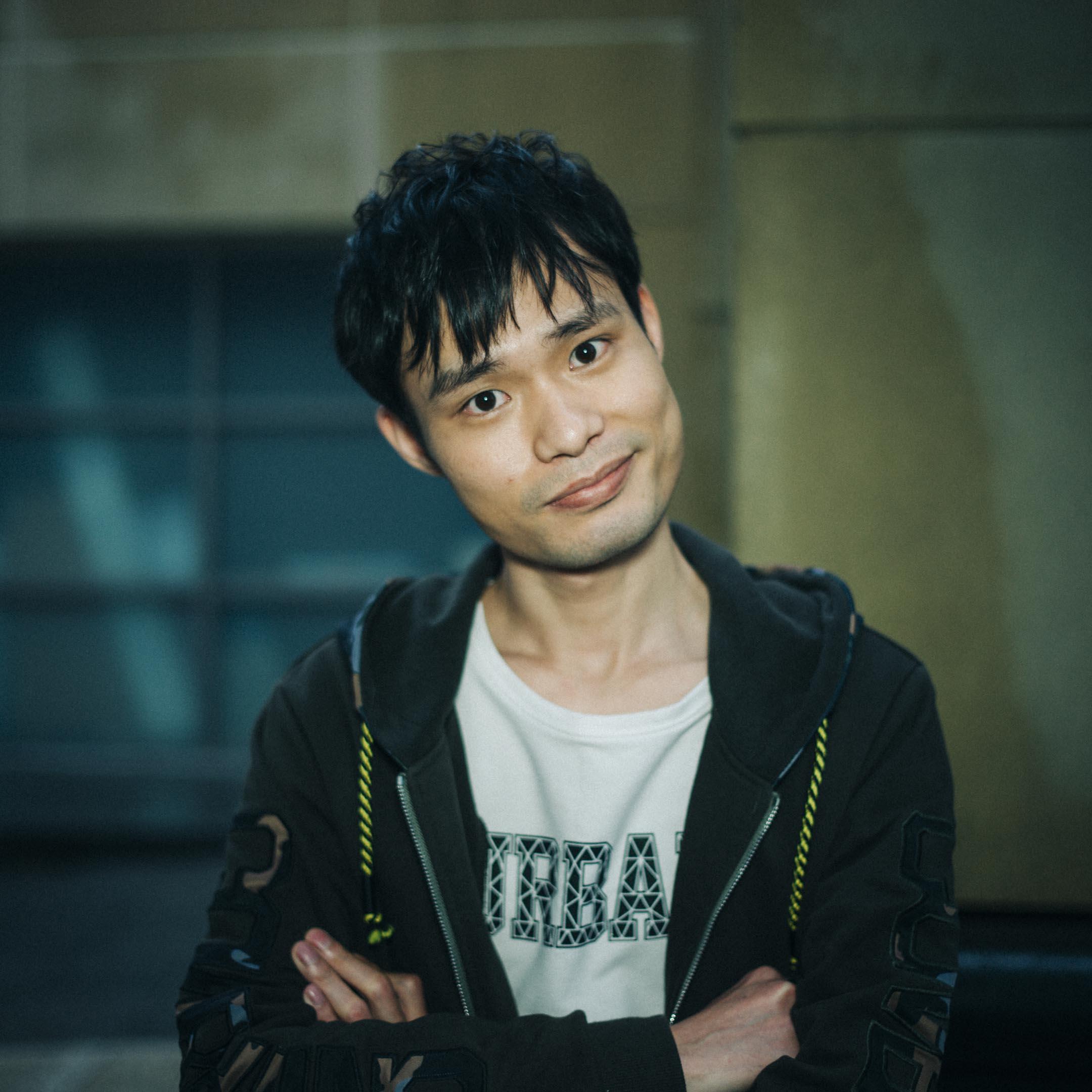 張全蛋,原名賴宇恒,參演周星馳作品《新喜劇之王》,飾演女主角如夢的男友,一個騙財的男妓渣男查理。 攝:林振東/端傳媒