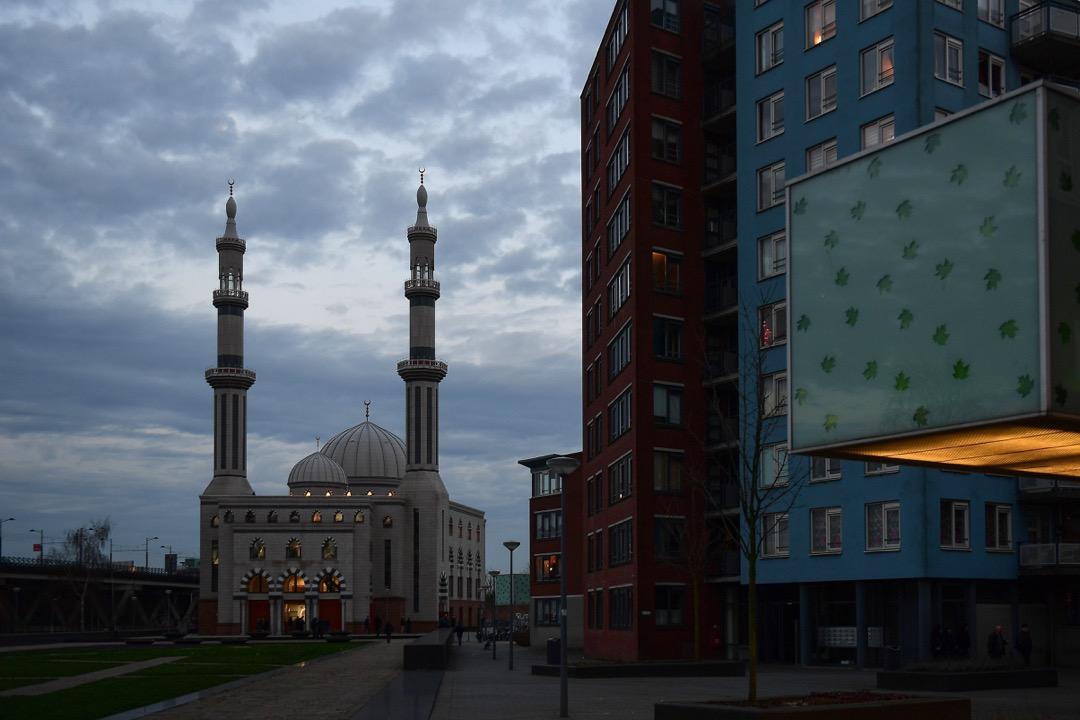 荷蘭鹿特丹市坐擁全荷蘭最大的Essalam清真寺。