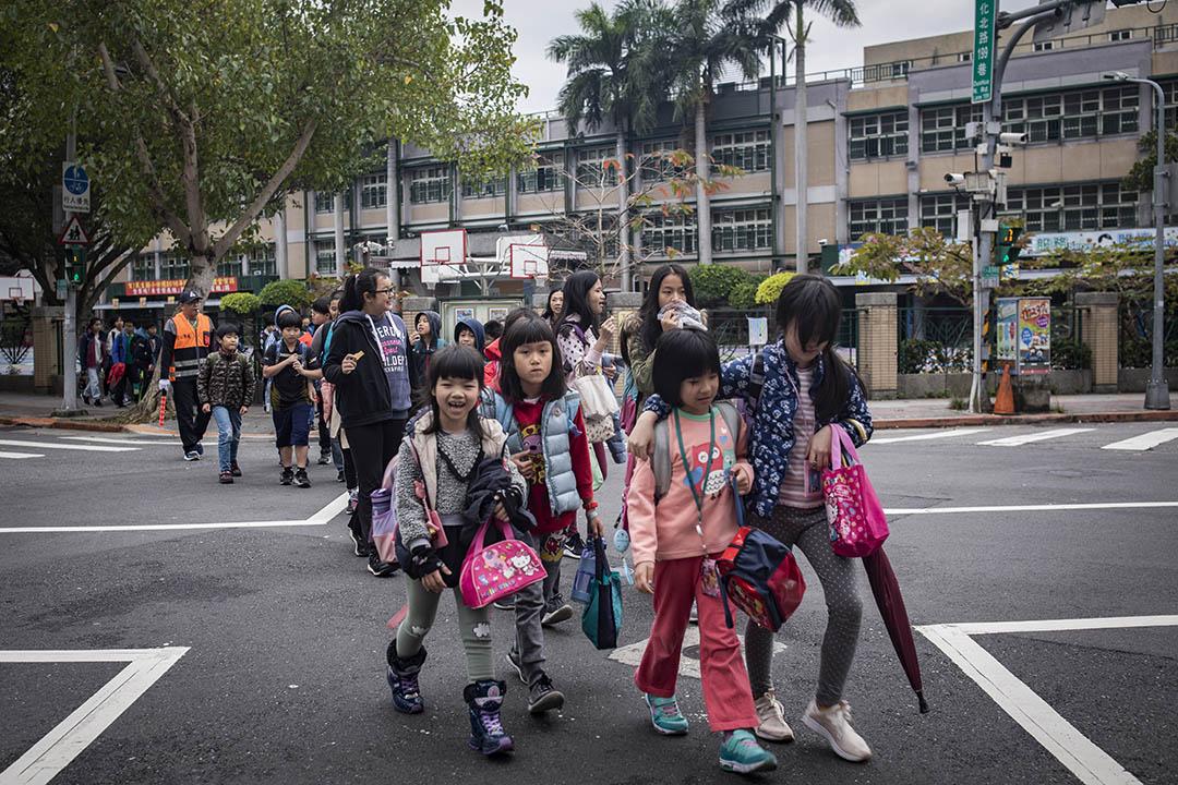 2019年3月11日,台北一所國小放學。