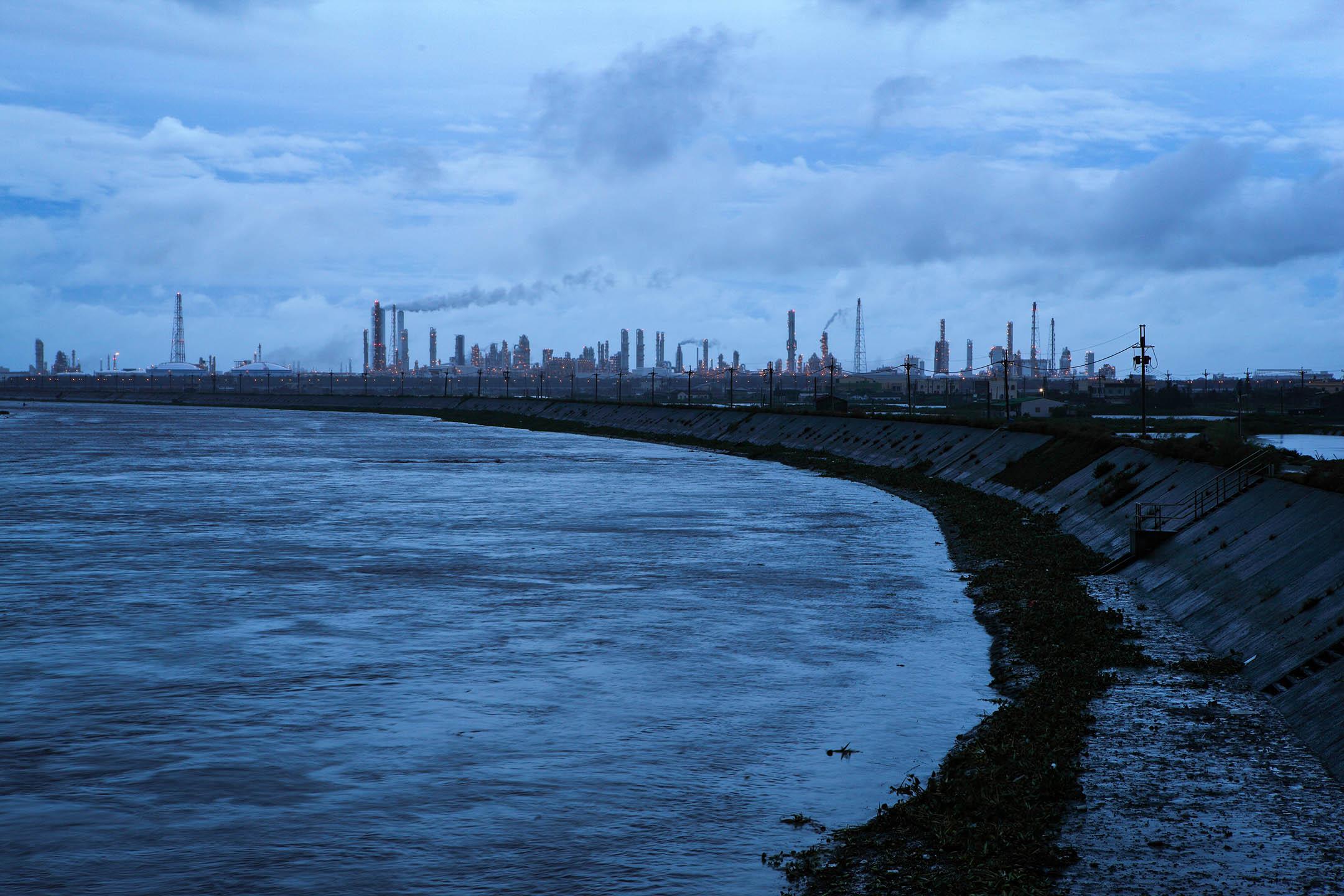 2010年7月27日,台灣雲林六輕廠區。