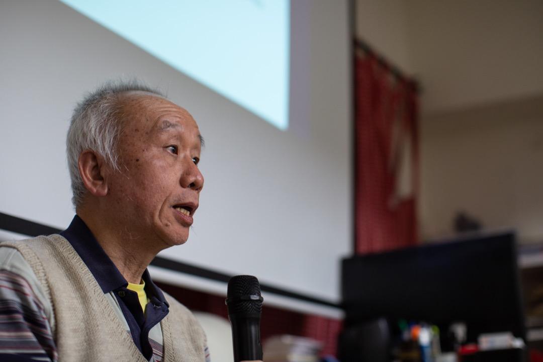 曾有人批評馬國明的論述過於沈溺懷舊,這或與他欣賞香港的「草根文化」有關,但這種對「本土」到底是什麼的梳理,對當下香港來說不失為是一場具有現實意義的討論。