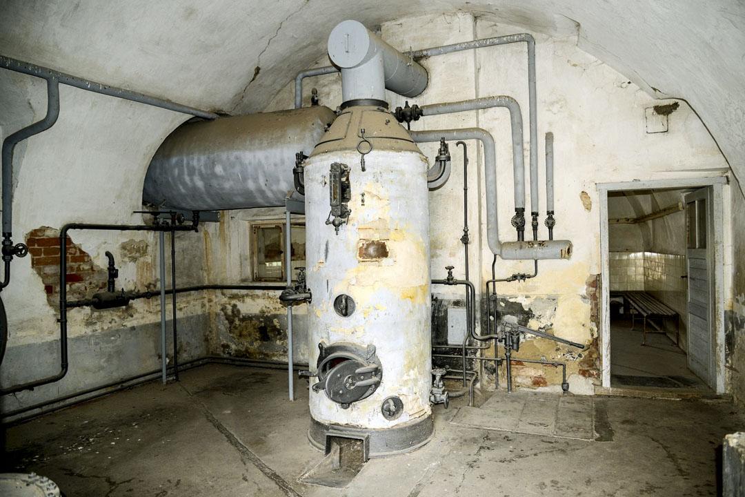 特雷津集中營內的淋浴室。