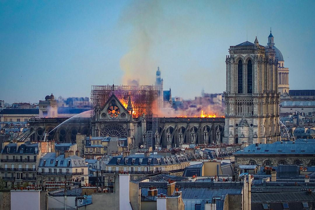 2019年4月15日,法國巴黎聖母院在火災中受損。