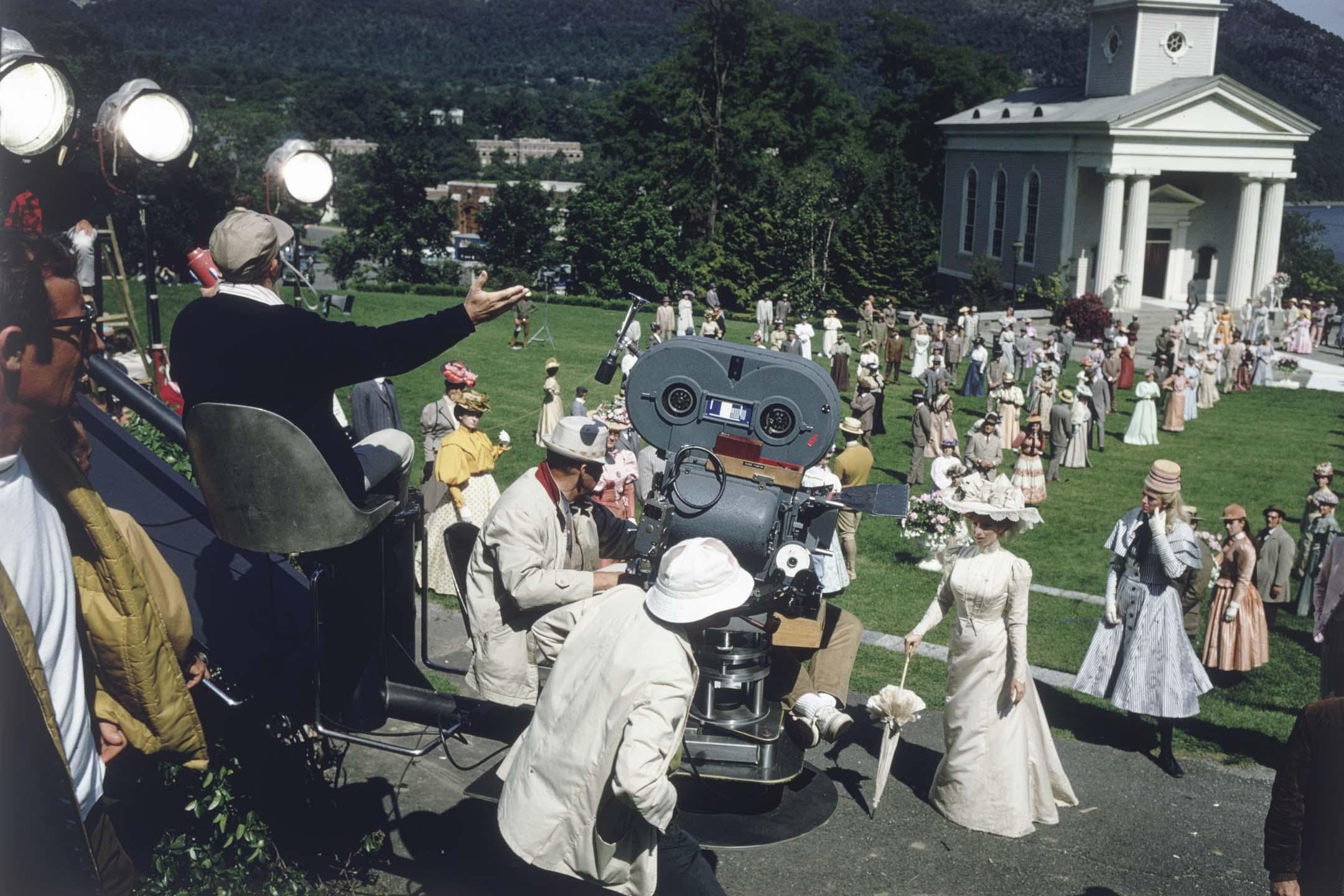 1968年,電影音樂《Hello Dolly》在紐約的拍攝現場。 攝:Ernst Haas/Ernst Haas/Getty Images