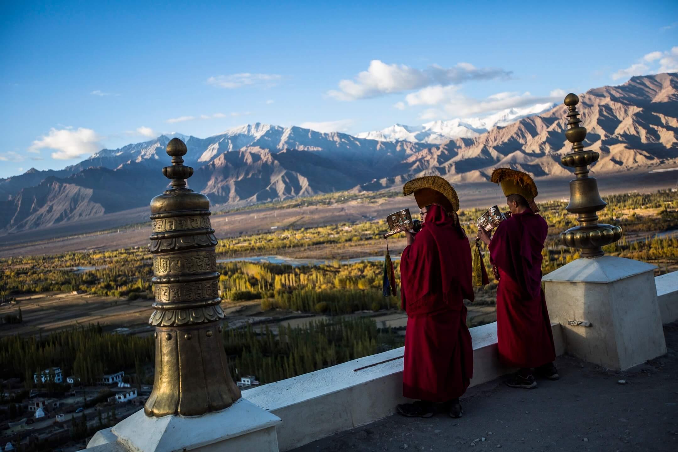 位於世界屋脊喜馬拉雅山脈邊的拉達克,平均高度三千到六千公尺,有小西藏,香格里拉的稱號,是全世界景色最壯麗卻也最難抵達的化外之境。 攝:Daniel Berehulak/Getty Images