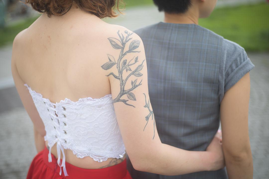 Hannah手上的紋身。