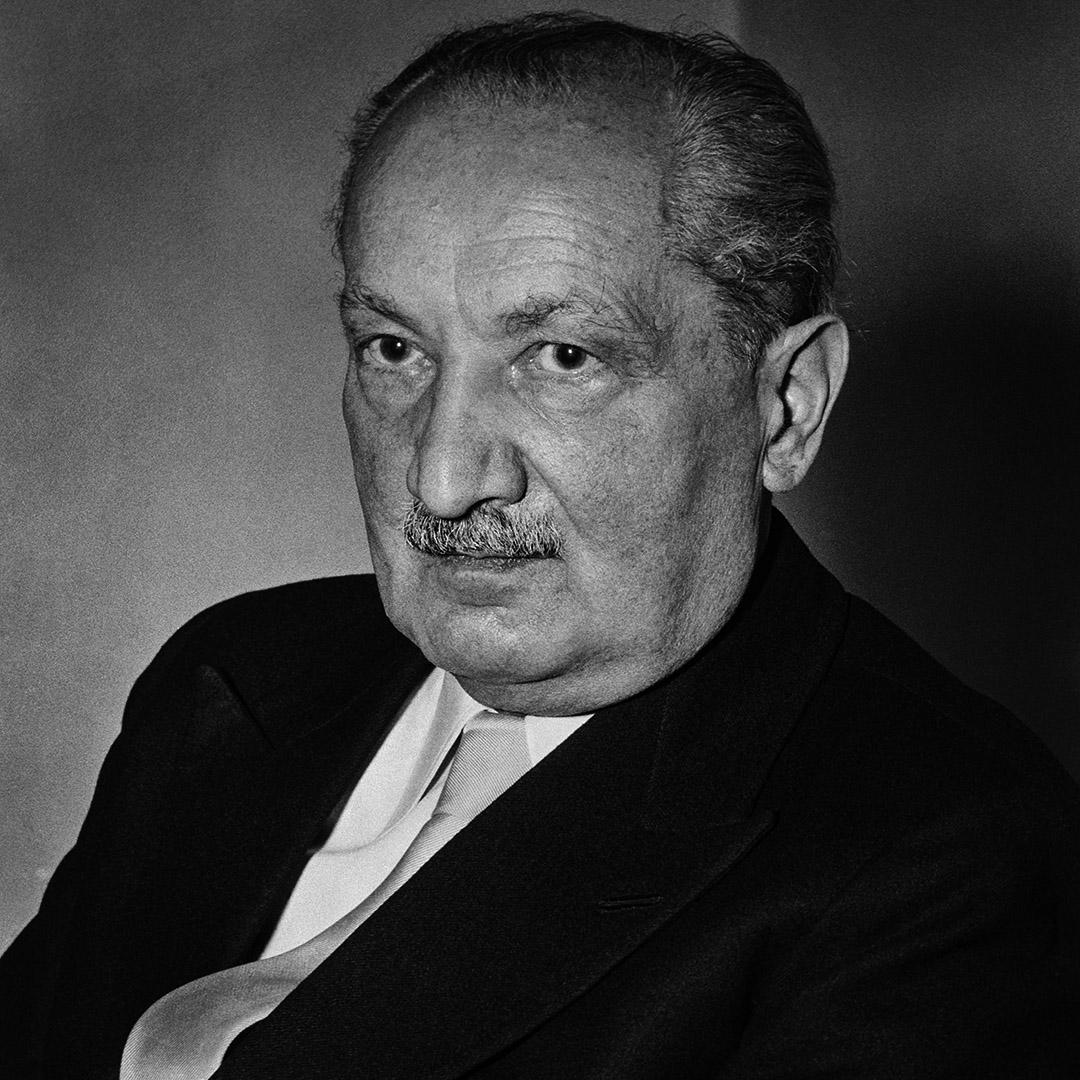 海德格爾(Martin Heidegger,1889—1976)。