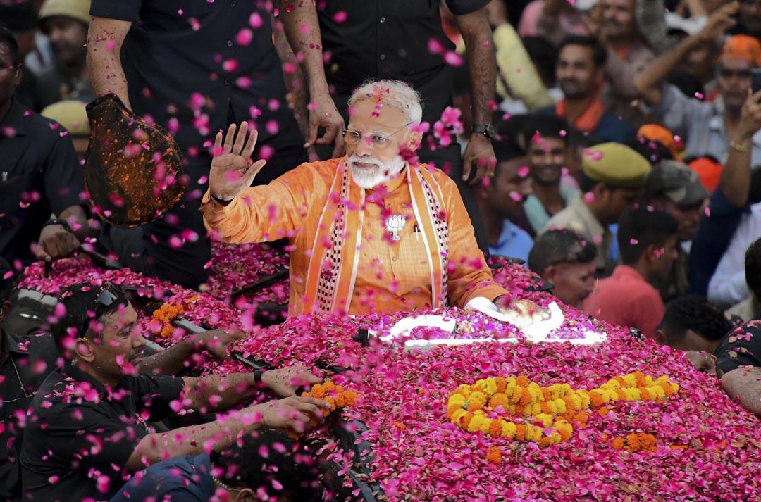在剛剛結束的大選中,莫迪與他的印度人民黨(BJP)取得了壓倒性的勝利。圖為2019年4月25日,印度總理兼印度人民黨領導人莫迪發動競選活動。 攝: Sanjay Kanojia/AFP/Getty Images