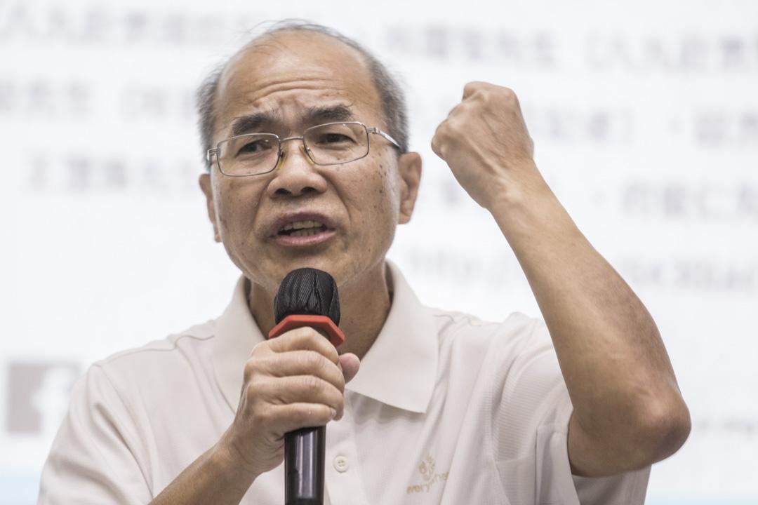 1989年擔任《文匯報》駐京記者的劉銳紹,成為因六四事件而被時任北京市長陳希同點名批評其為「動亂菁英」。