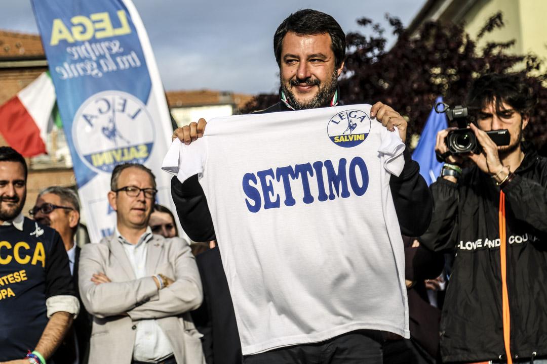 2019年5月12日,反移民的聯盟黨(Lega)領導人薩爾維尼(Matteo Salvini)在都靈向支持者發表講話。