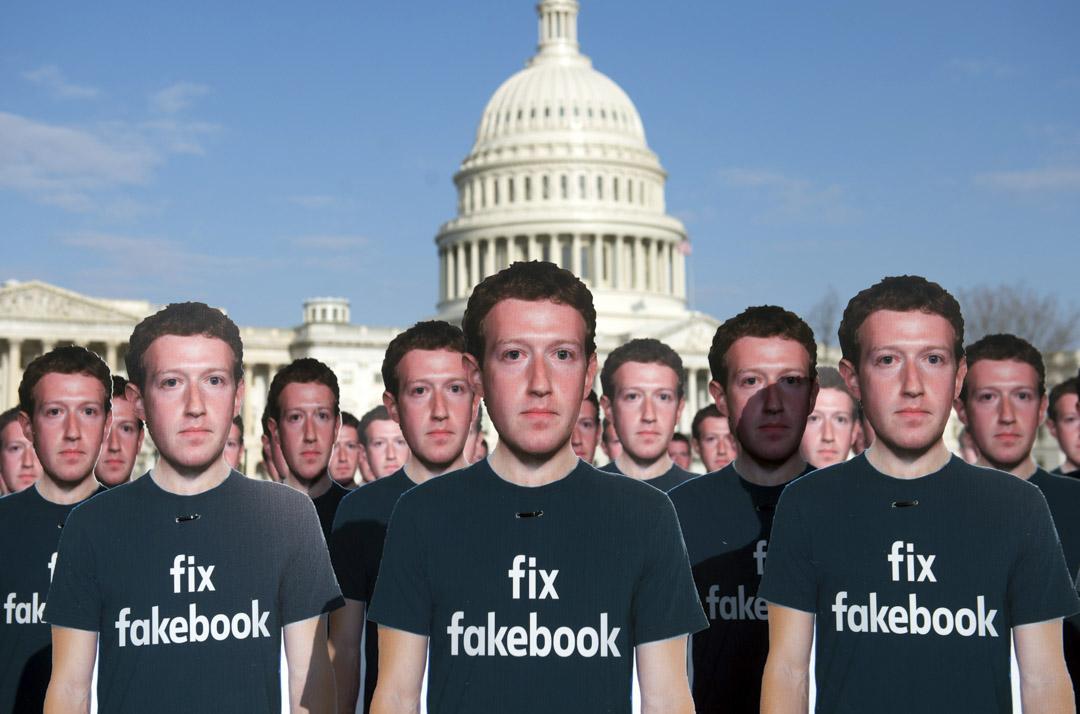2018年3月,facebook被揭發曾經讓大數據公司「劍橋分析」(Cambridge Analytica)在未經用戶同意及授權下收集約5,000萬用戶的個人資料。