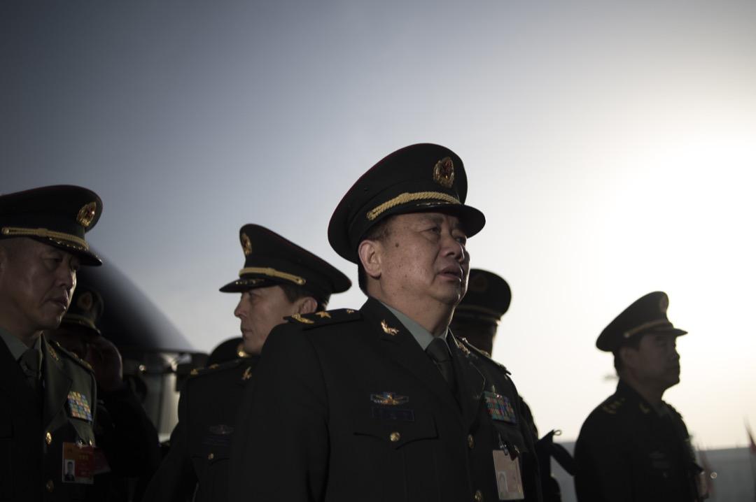 就當前的形勢來說,對中國政治穩定構成最大挑戰的是各種左派思潮和勢力。