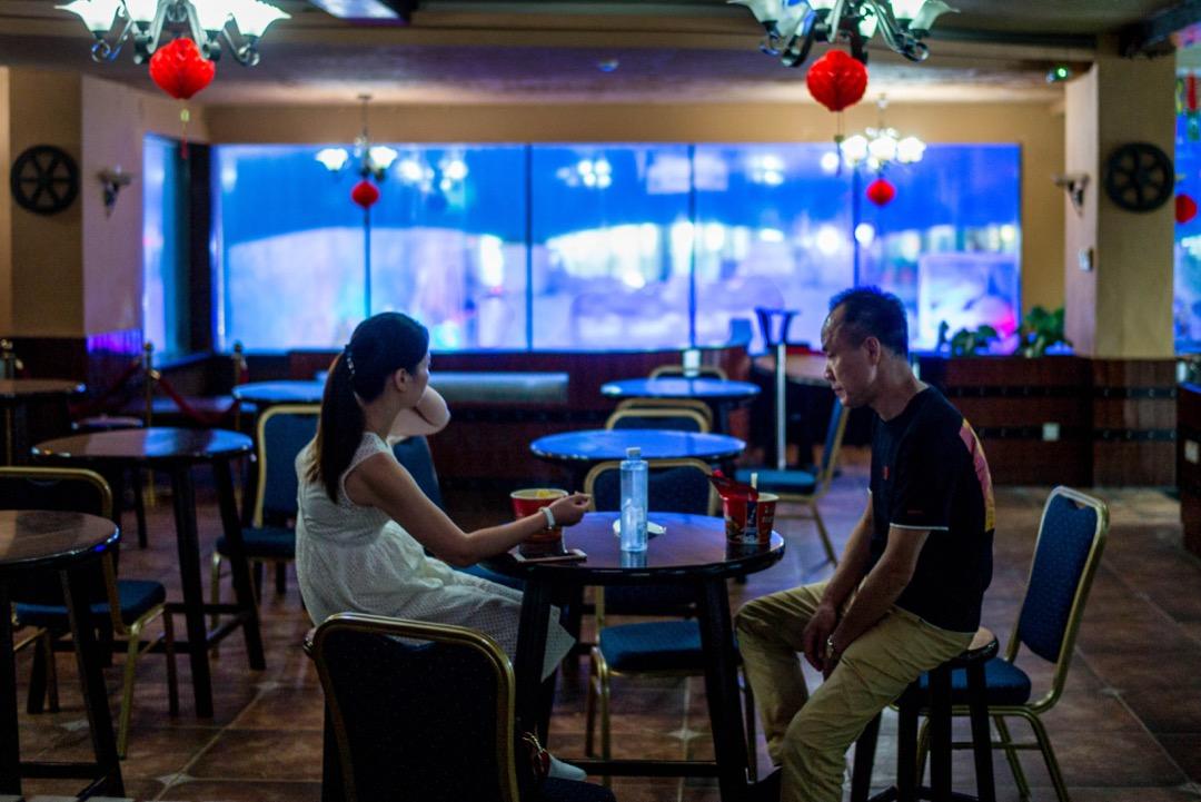 《深圳:戰戰兢兢的南方高速》