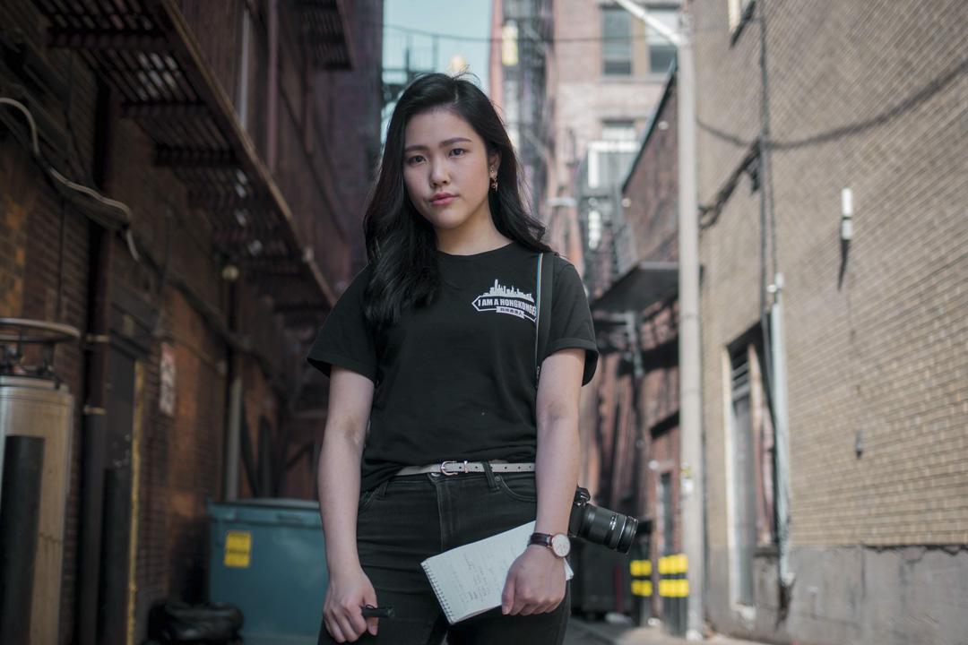 許穎婷(Frances Hui)的文章《我來自香港,不是中國》,於4月21日發表在校報《The Berkeley Beacon》上,引起的軒然大波。