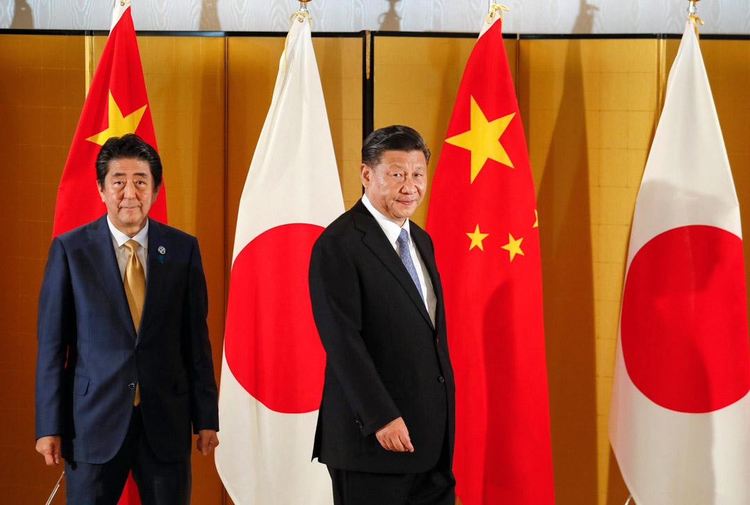 2019年6月27日,日本首相安倍晉三和國家主席習近平在大阪舉行G20大阪峰會前的會談。