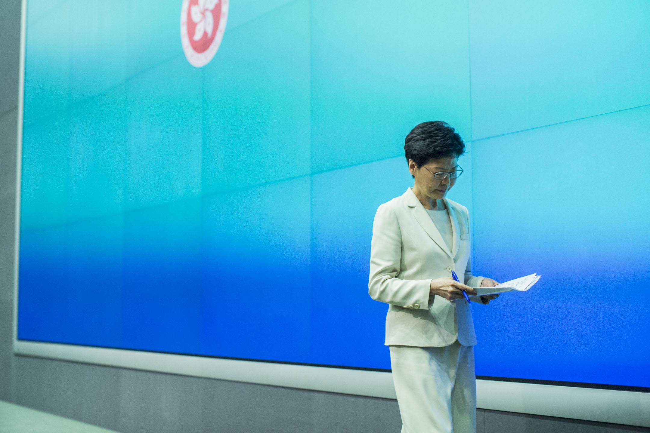 2019年6月18日,林鄭月娥在政府總部召開記者會,期間表示向每一名市民真誠道歉。 攝:林振東/端傳媒