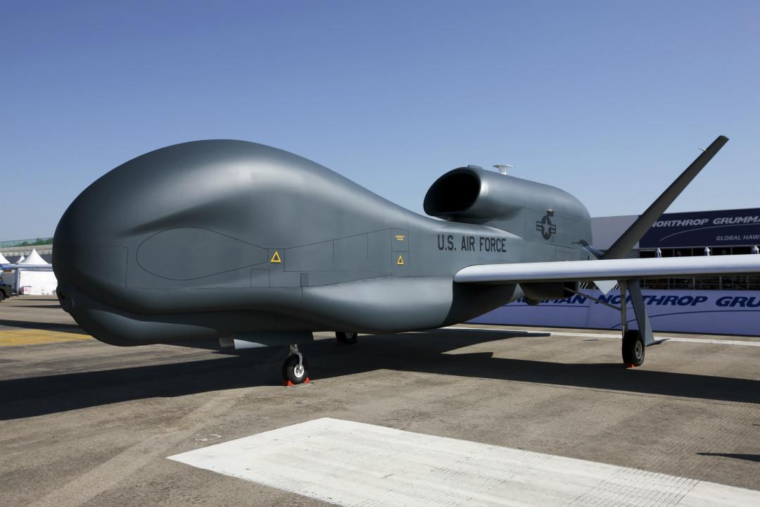2011年10月17日,南韓首爾,美軍「全球鷹」(Global Hawk)無人偵查機展覽。 攝:SeongJoon Cho/Getty Images