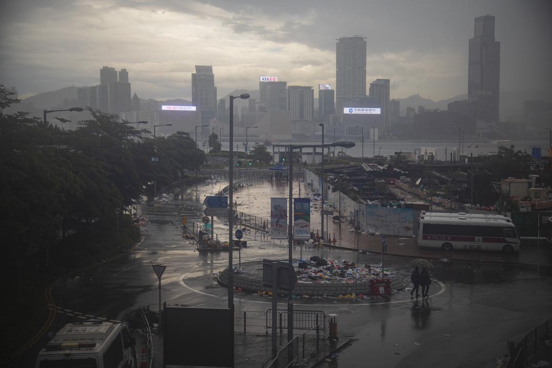 2019年6月13日,香港立法會前被清場的道路。