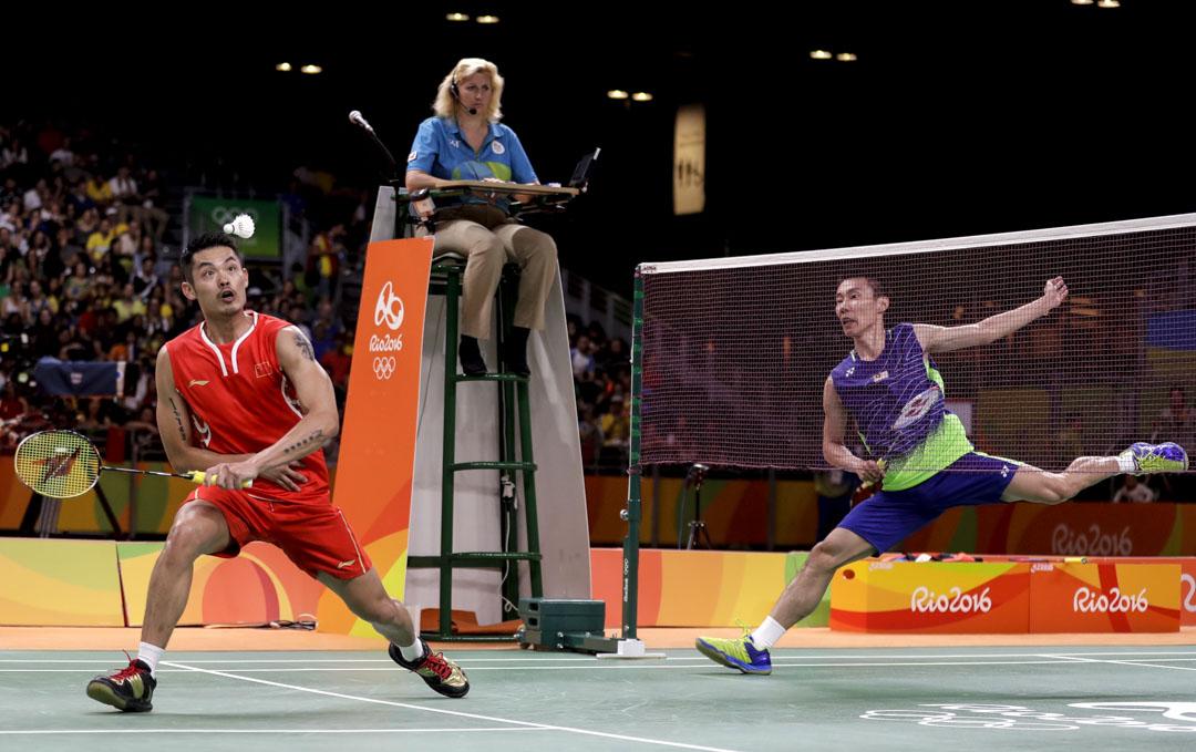 2016年8月19日,2016里約奧運會羽毛球男單半決賽,李宗偉以2-1戰勝宿敵林丹。