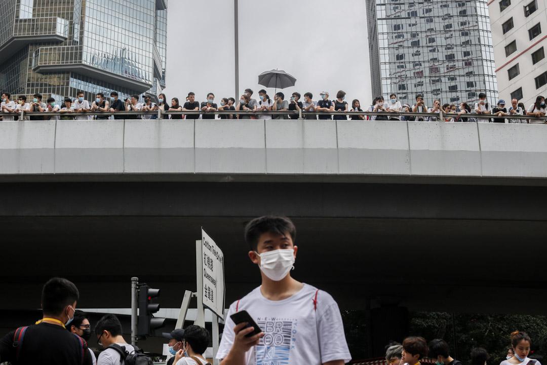 2019年6月12日,大批香港市民佔領金鐘立法會和政府總部附近的街道,重現2014年景象。