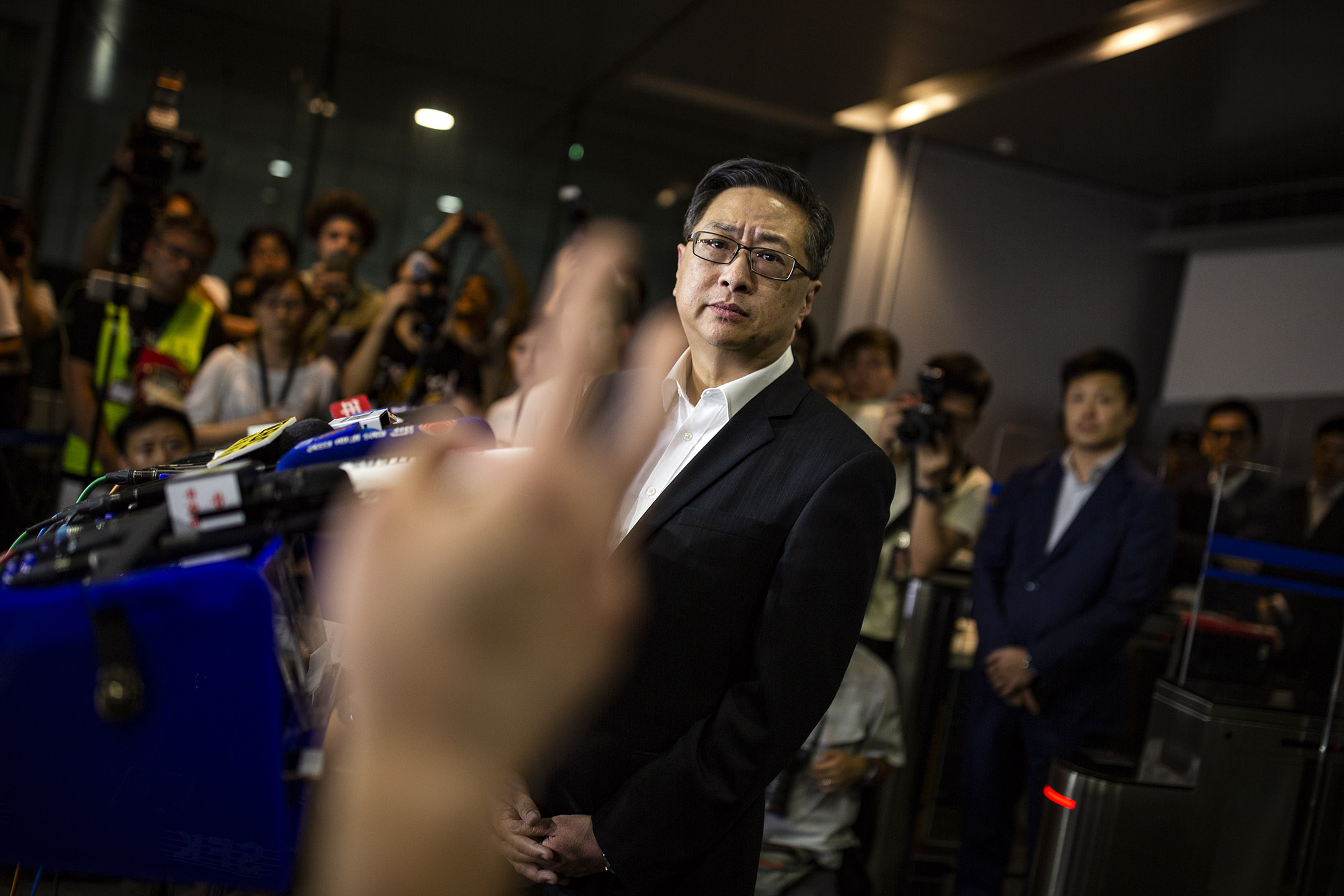 2019年6月17日,盧偉聰於警察總部會見傳媒。 攝:陳焯煇/端傳媒