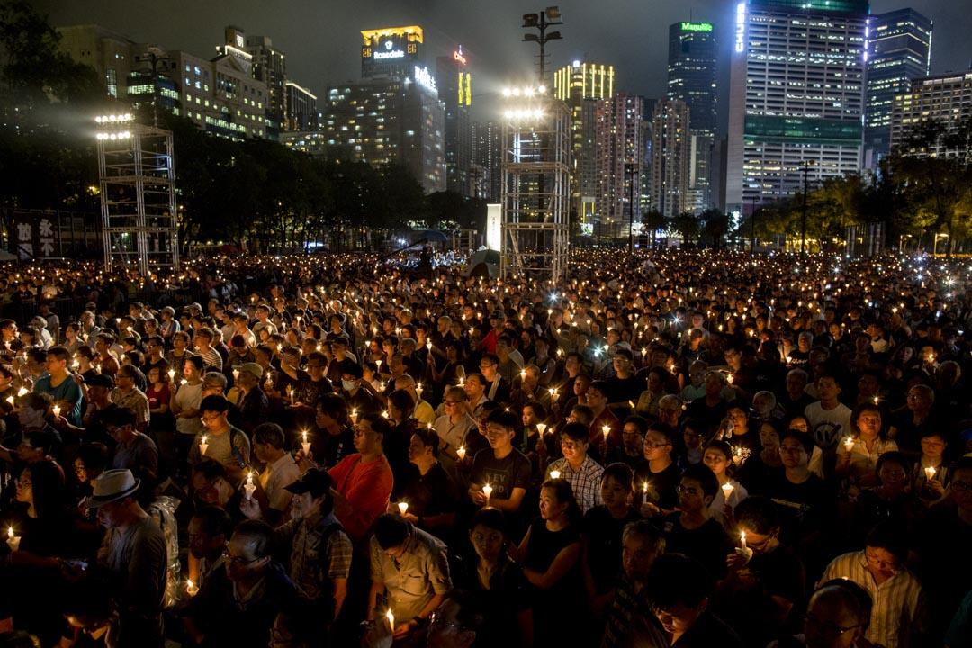 2019年6月4日,六四事年三十周年,維園燭光依然,主辦方公布集會人數高達18萬。