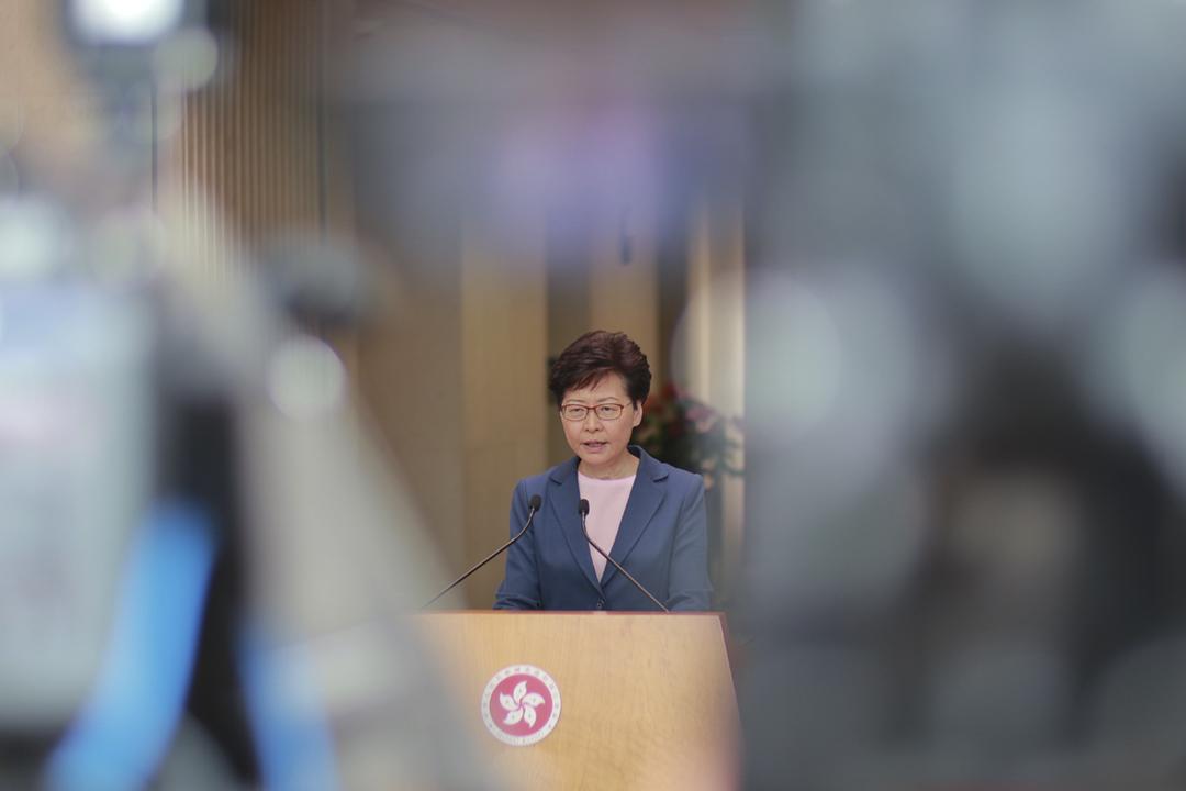 2019年7月9日,香港特首林鄭月娥會見傳媒,宣布《逃犯條例》修例草案已「壽終正寢」。 圖:端傳媒