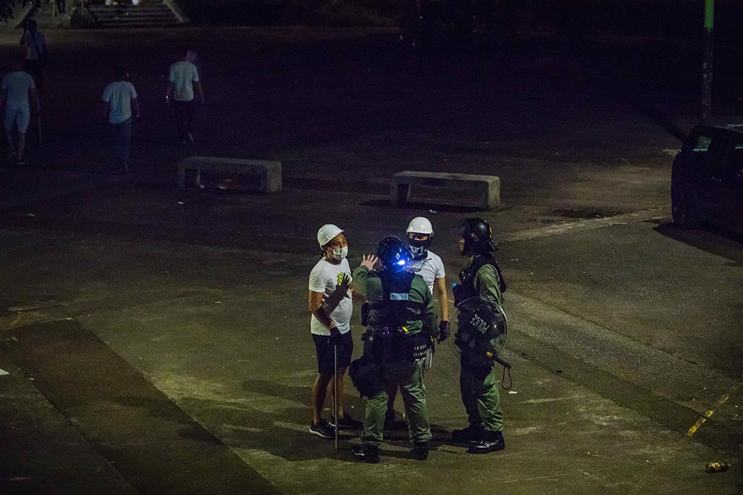 2019年7月22日,元朗站襲擊事件後,香港警方入村調查。