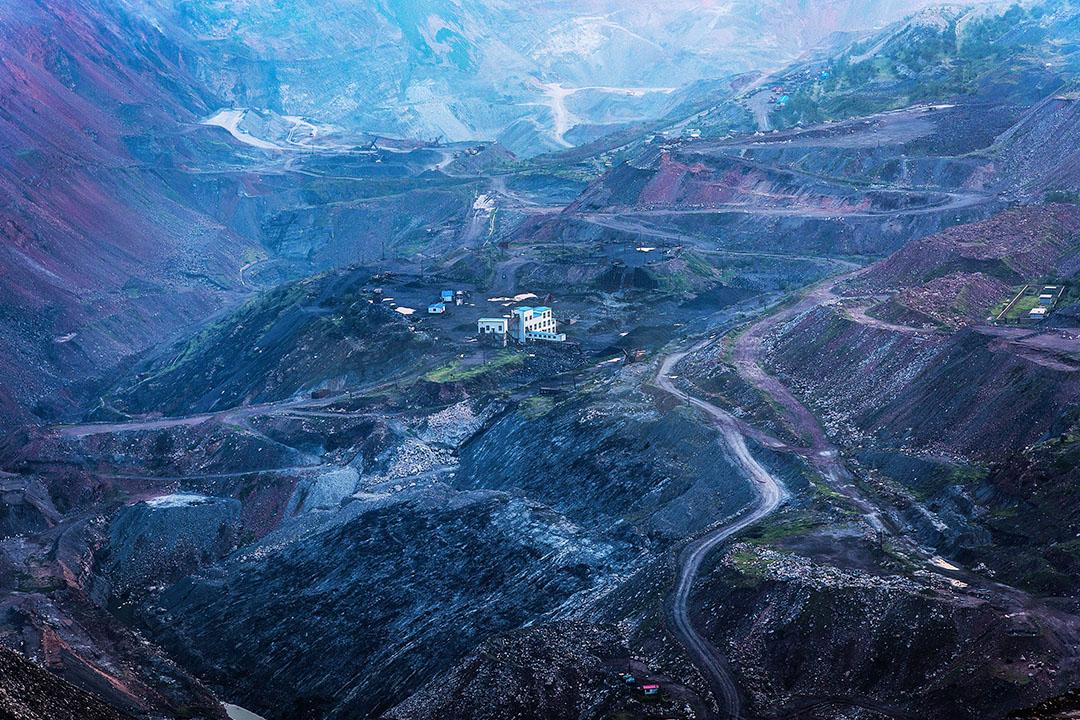 2015年7月05日,遼寧省阜新,中國最大的露天煤礦。