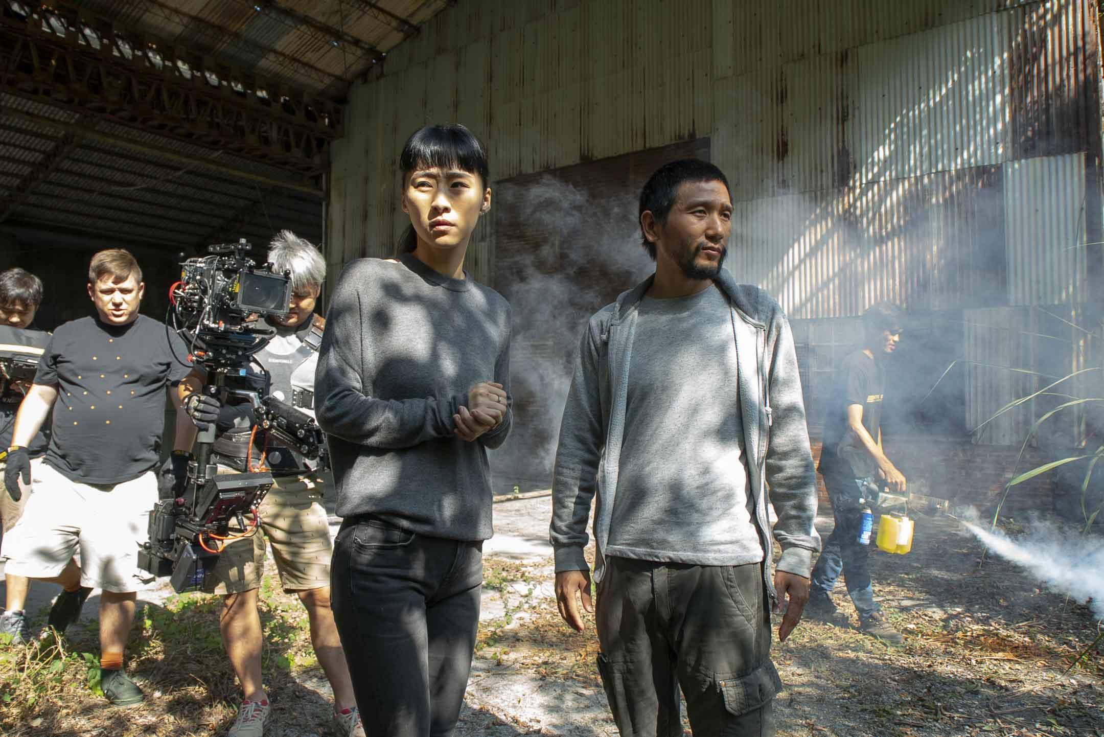 趙德胤導演在《灼人秘密》拍攝現場。 圖:趙德胤提供