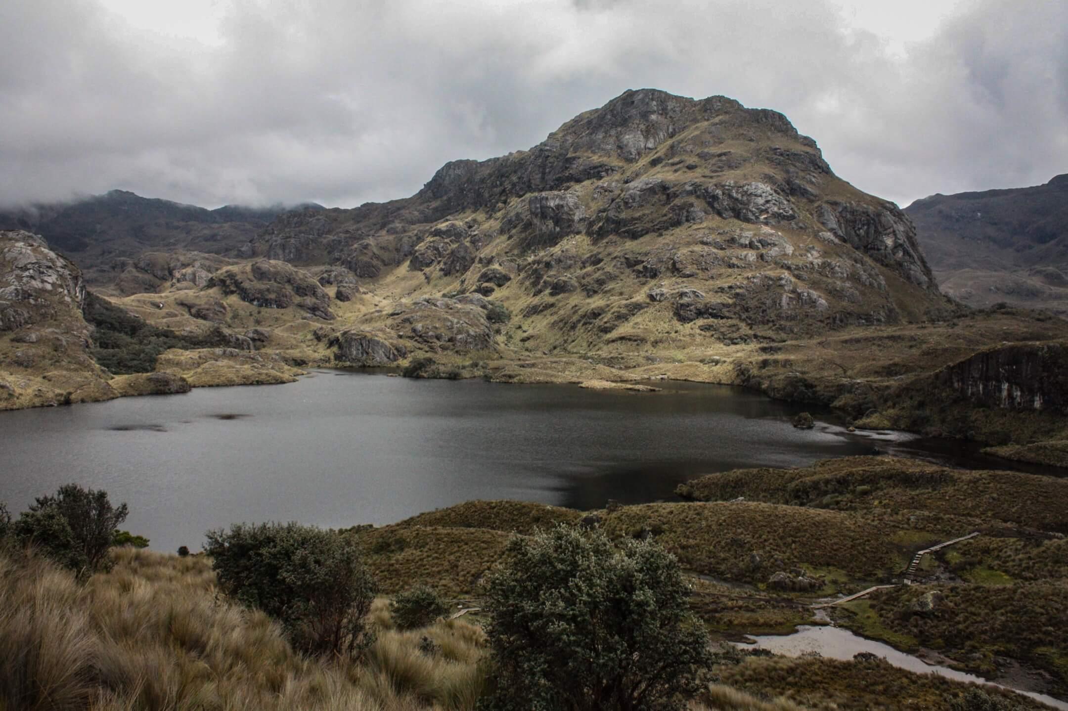 白河金礦緊挨着生態脆弱的 Cajas 國家公園,又和對於昆卡城和周邊城市很重要的水源相連,若開採則每小時要消耗近1000升水,一直面臨環保機構的挑戰。 攝影:Andrés Bermúdez Liévano